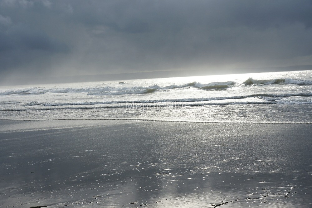 Sun through the waves at Croyde by MendipBlue