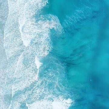 Blue green ocean shore by helgema