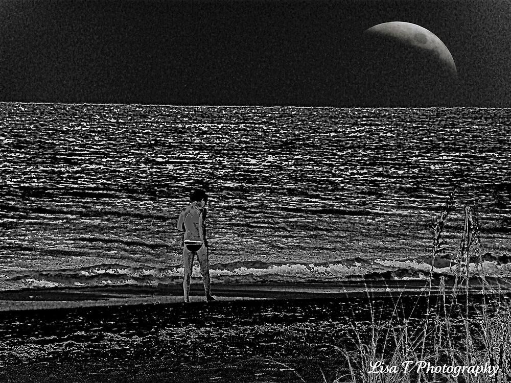 Night walk by Lisa  Trans