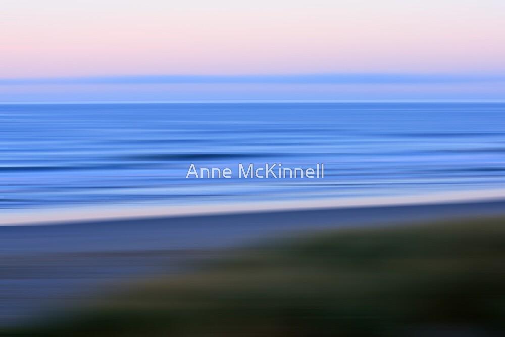 Ocean in Motion #8 by Anne McKinnell