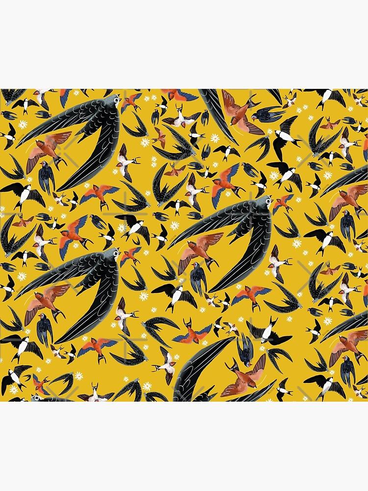 Swallows and swift pattern (Yellow) de belettelepink