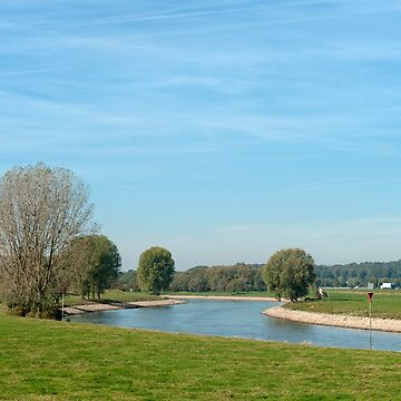 The River Ijssel wends its way through the Gelderse countryside by stuwdamdorp