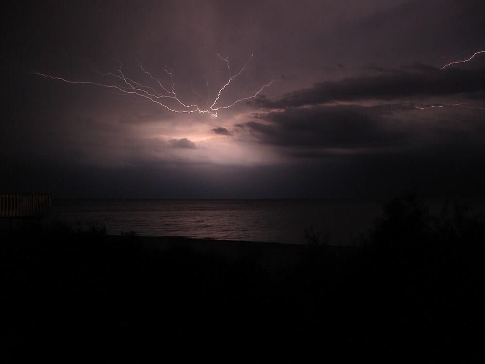 Lightning in the Sky by ryanjbolger