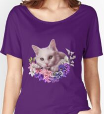Snowy Flower Kitten Women's Relaxed Fit T-Shirt