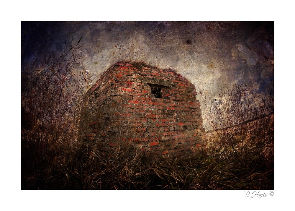 Pillbox, Empty - Cressage, nr Much Wenlock by rharris-images