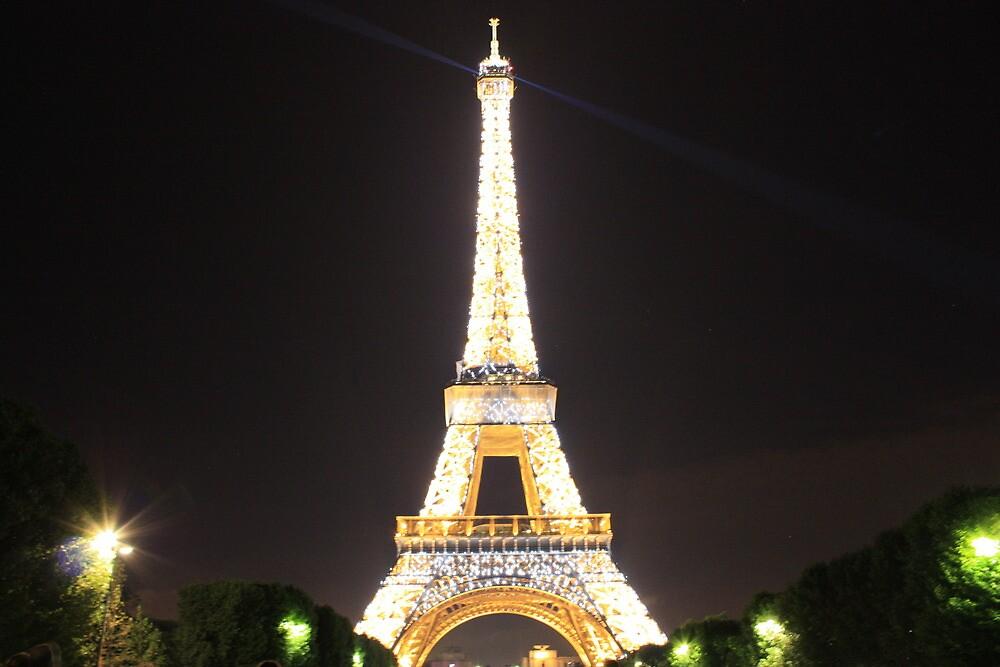 Eiffel Tower at night by MrSandblast