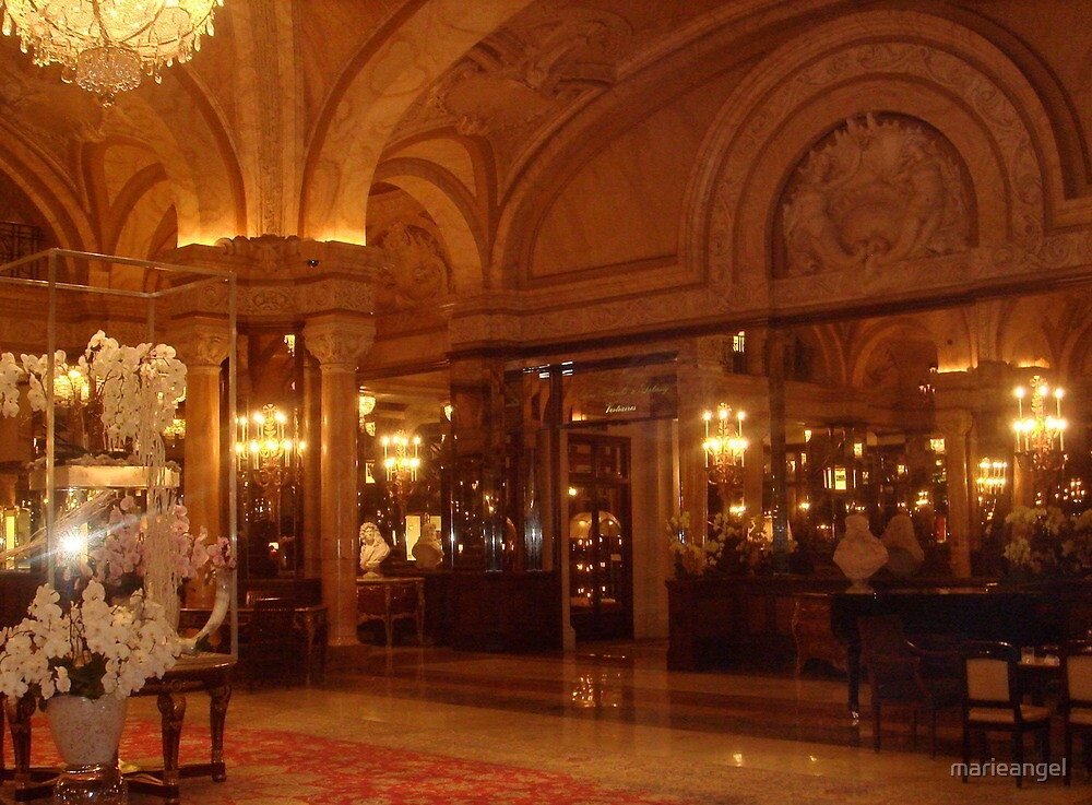 Hotel Paris by marieangel