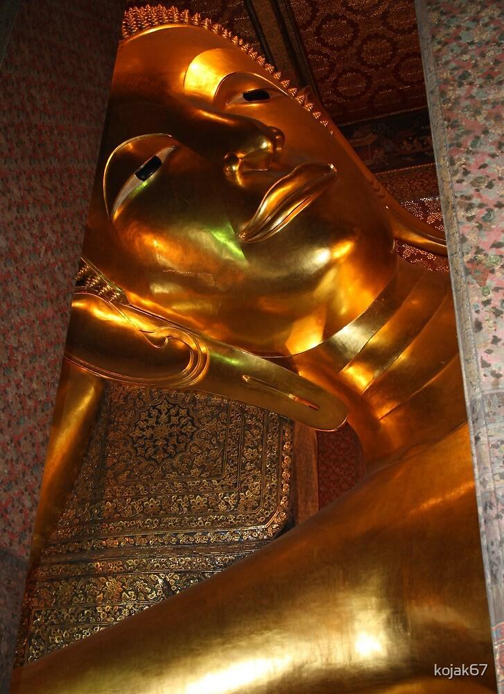 Reclining Buddha, Bangkok, Thailand by kojak67