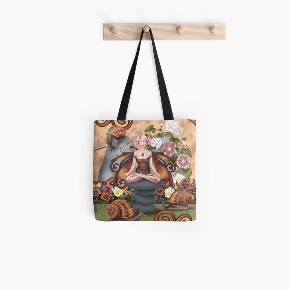 Schnecke Fairy Yoga Pose Garten Meditation Tote Bag