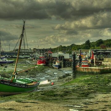 Boats at Leigh on sea  by hawkie