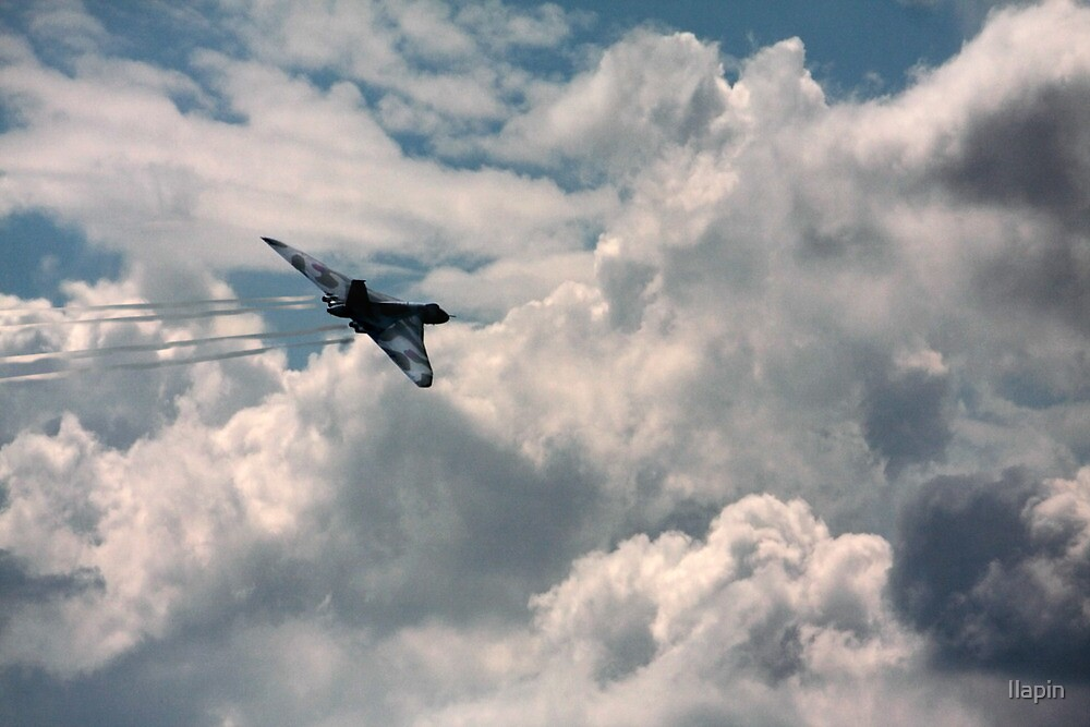 stunning vulcan and cloudscape by Ilapin