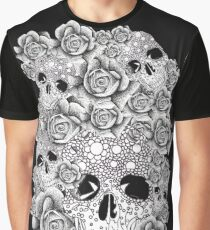 vintage, skull, roses, white, black retro, flowers Graphic T-Shirt