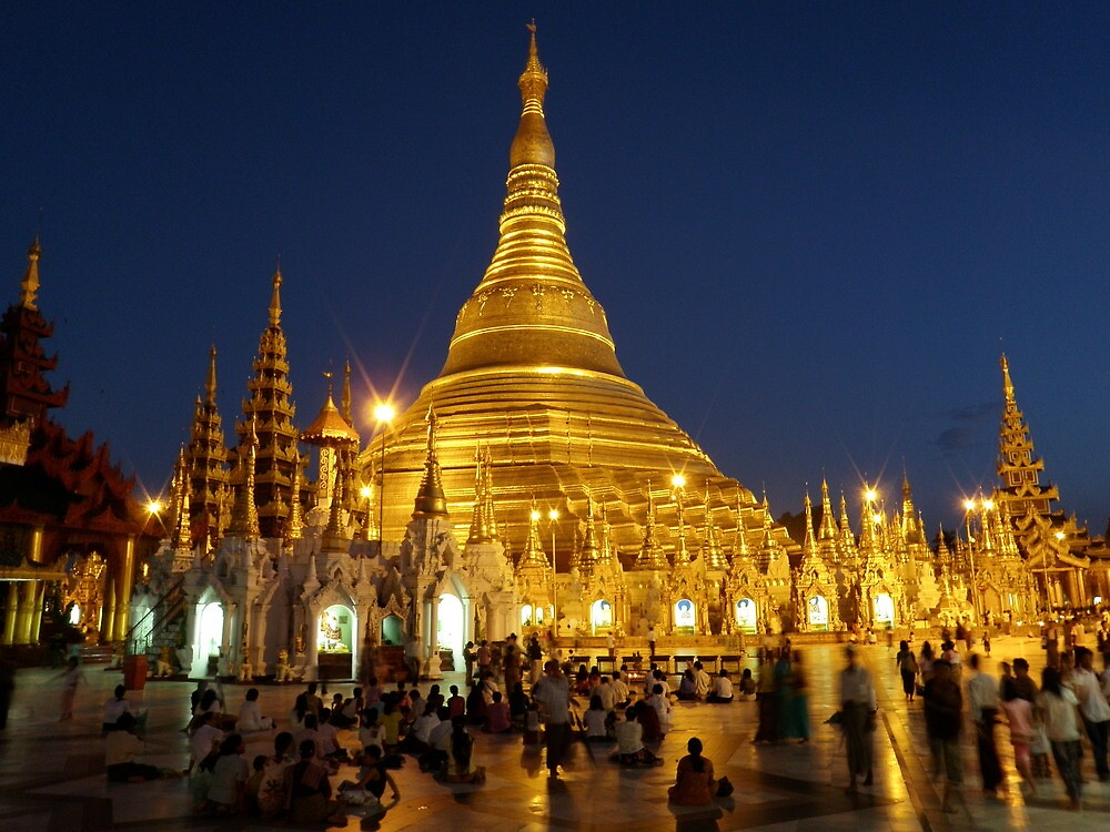 Shwedagon pagoda at night by liqwidrok
