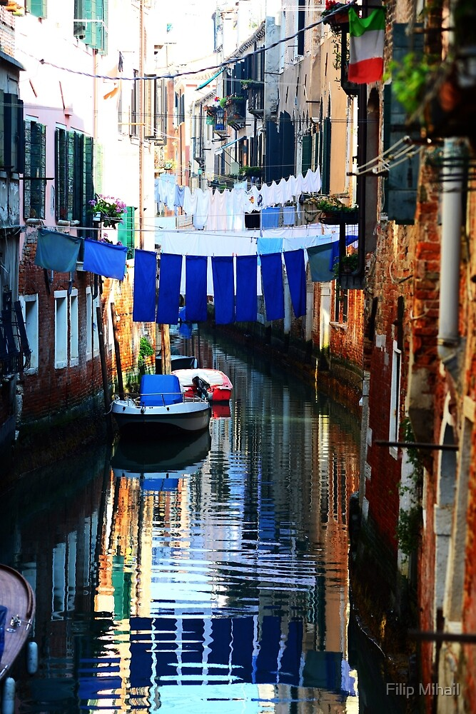 Quiet afternoon in Venice, Italy. by Filip Mihail