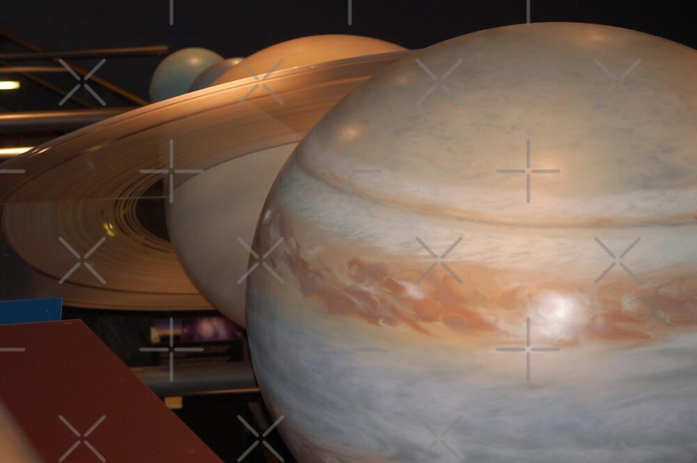 Saturn and Jupiter by loiteke