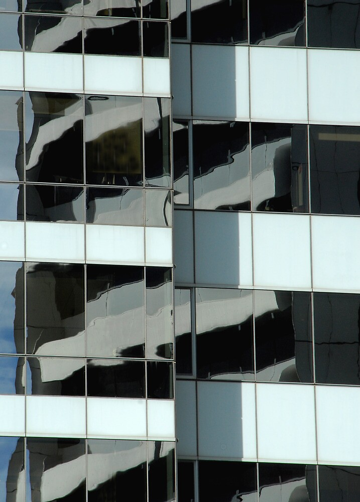 Building reflection 8, Sydney, Australia by luvdusty