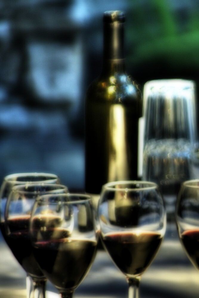 Wine & [no]Dine by Terence Russell