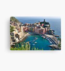 Vernazza, Cinque Terre, Italy Canvas Print