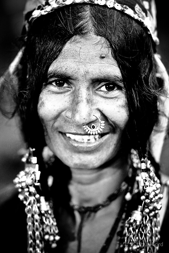 Gypsy Woman with Jewelry - Gypsy Faces by Chinua Ford