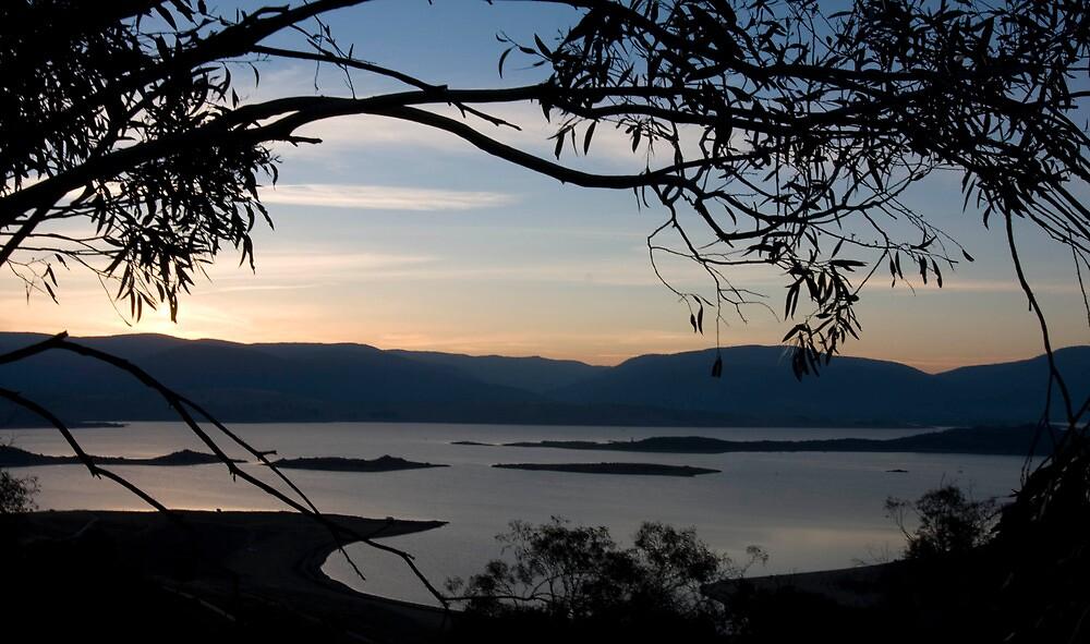 Jindabyne Sunset by Saphronne Farrell