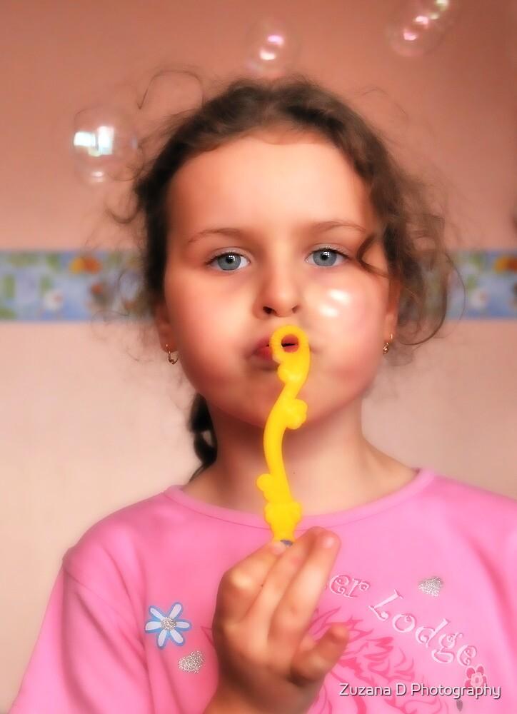bubble girl by Zuzana D Photography