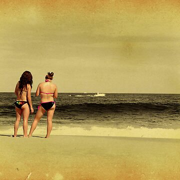 Gossip at Beach by colorsofplanet