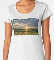 Sunlight in the sky's  Women's Premium T-Shirt