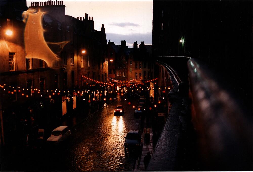 Edinburgh on New Year's Eve by pixielation