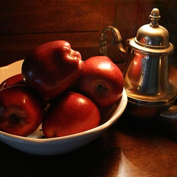 Apples by DickPountain