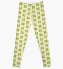 Seamless pattern with a leaf of clover. Leggings