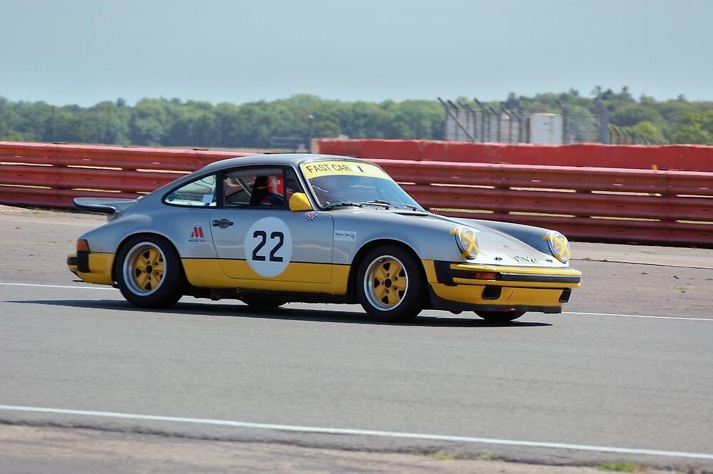Silver Porsche 911 by Willie Jackson