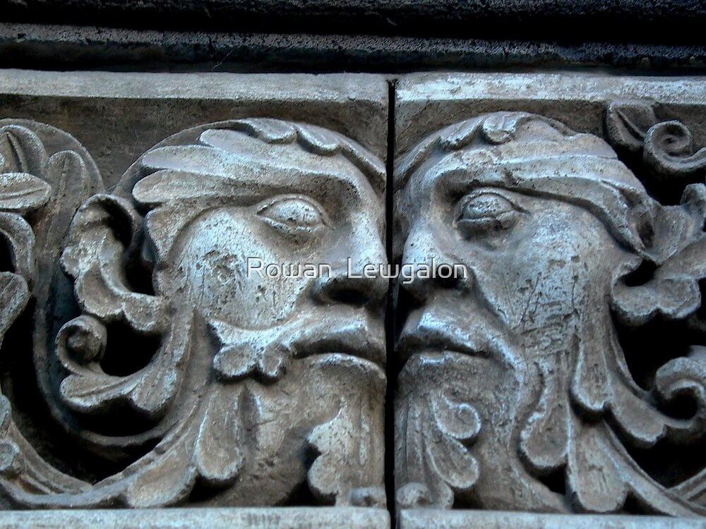 An eternal kiss by Rowan  Lewgalon