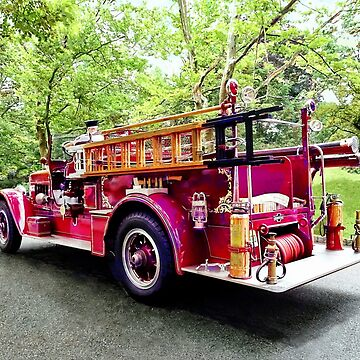 Vintage Fire Engine by SudaP0408