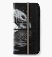 Moon Song iPhone Wallet/Case/Skin