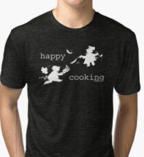 happy cooking team  · Tortitas apetitosas de los mejores chefs (blanco) Camiseta de tejido mixto