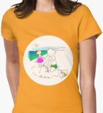 Auf zum Strand, Kinder! - ¡Vamos a la playa, niños!  -  Let´s Go to the Beach, Kids! Camiseta entallada para mujer