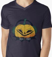 Pumpkin tick or treat Men's V-Neck T-Shirt