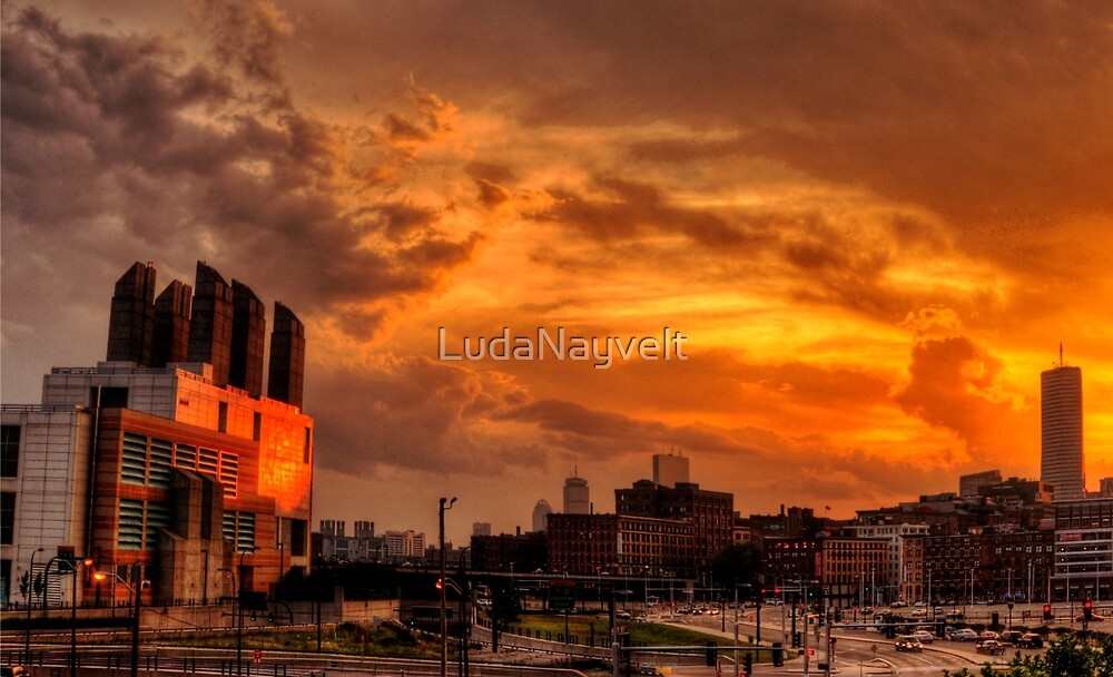 Sun Reflection, III by LudaNayvelt
