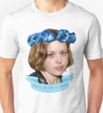 corin tucker - now is the time to invent!!!!!! T-Shirt