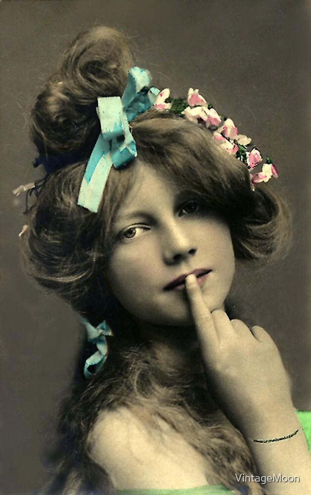 *Sssshhhhh* Vintage Beauty by VintageMoon