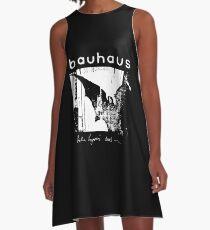Vestido acampanado Bauhaus - Alas de murciélago - Muertos de Bela Lugosi
