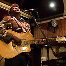 On Stage à la péniche Blues Café by Thierry Beauvir