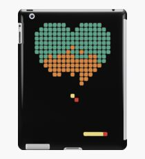 Retrogaming heart iPad Case/Skin