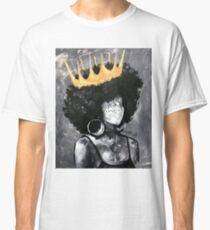 Naturally Queen II Classic T-Shirt