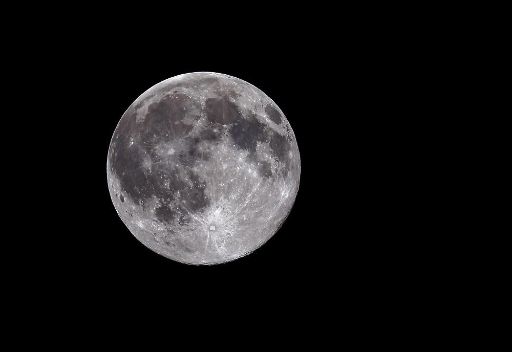 Full Moon by Grant Glendinning