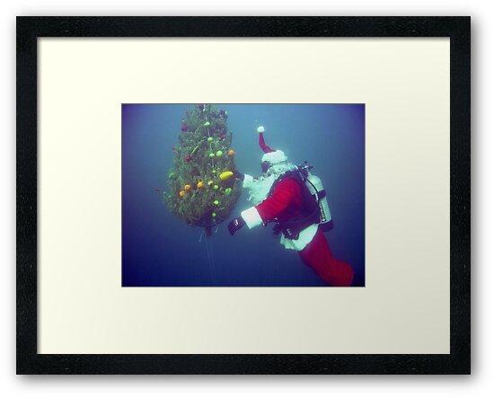Scuba Santa by Walt Conklin