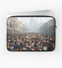 Antwerp, Belgium, a few hours after the Germans surrendered and an end of World War I. 11th November 1918 Laptop Sleeve