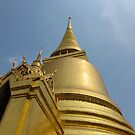 Golden Temple In The Grand Palace by vonb