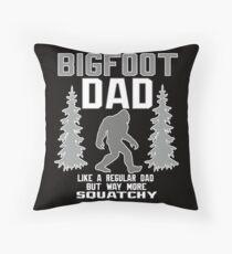 Bigfoot Dad Sasquatch Dekokissen