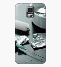 Drug abuse concept, Heroin shoot up tools and drugs and money Case/Skin for Samsung Galaxy